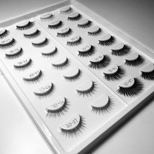 Sheet of 16 Pairs of Lashes 3D Mink Style